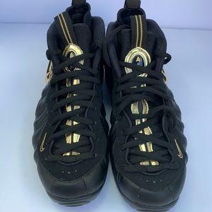 Nike Air Foamposite Pro Black/Metallic gold NEW
